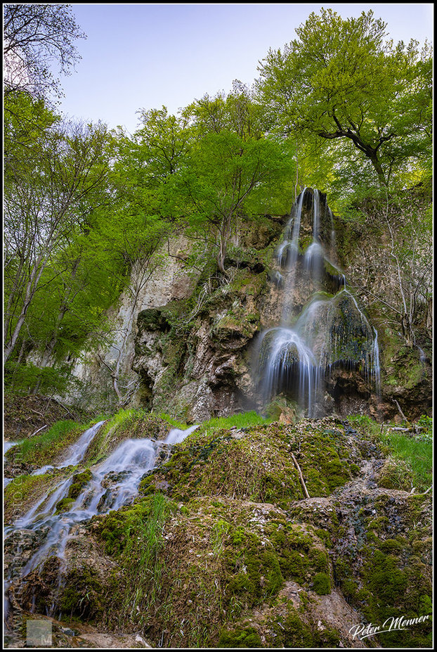 fa_nat_waterfall_in_spring.jpg