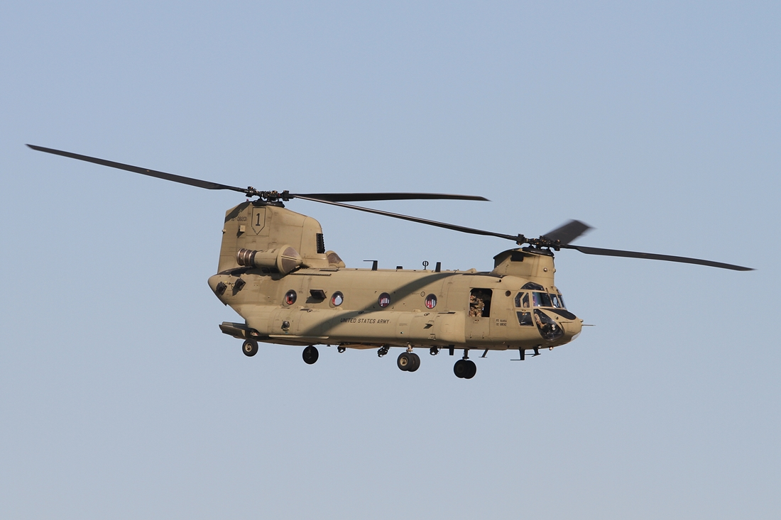 US Army Boeing CH-47F Chinook 18-08201