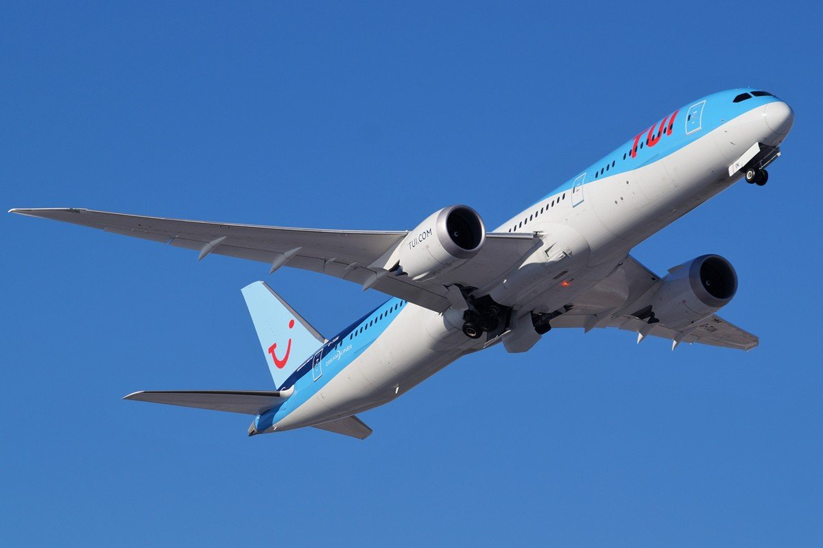 G-TUIN     787-9     TUI Airways